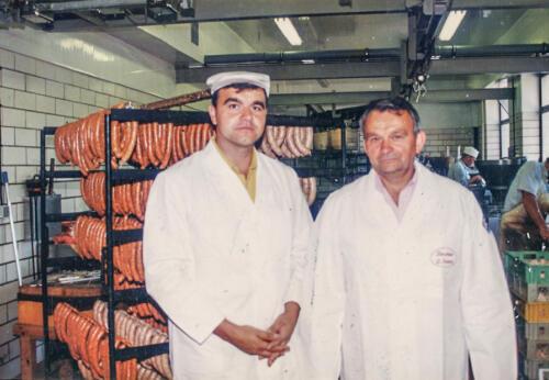 Werner und Per Kadach in der neuen Produktionsstätte im Neudorfer Weg 1991
