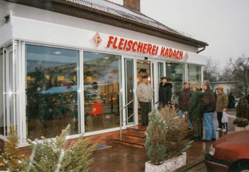 Der Laden im Neudorfer Weg mit Glasvorbau