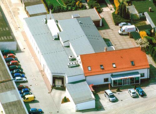 Geschäftsstelle, Laden und Produktion im Neudorfer Weg 2005
